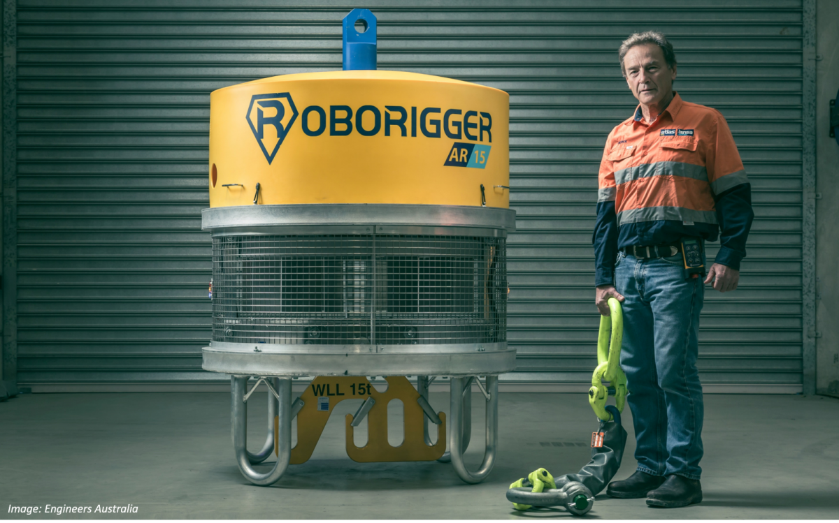 Derick Markwell with Roborigger device